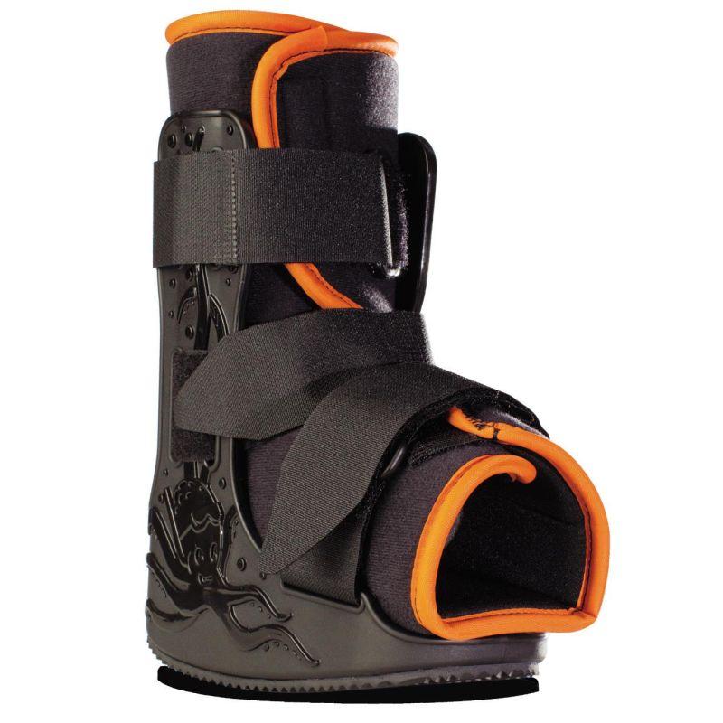 minitrax-pediatric-walking-boot-1